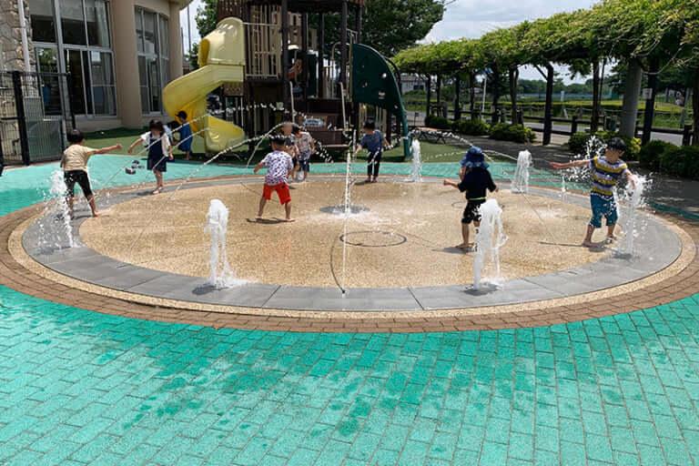 エンゼルドーム噴水広場